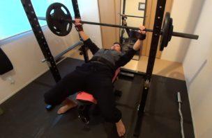 トレーナーの減量中の食事とトレーニングメニュー